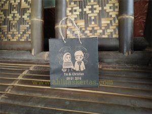 Paper Bag Untuk Souvenir Pernikahan
